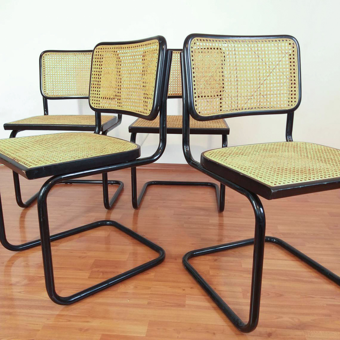 Set of 4 Mid Century Modern Marcel Breuer Cesca Chairs, Italy 80s