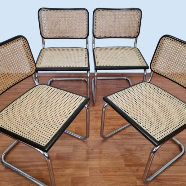 1 Set of 4 Mid Century Modern Marcel Breuer Cesca Chairs, Italy 80s
